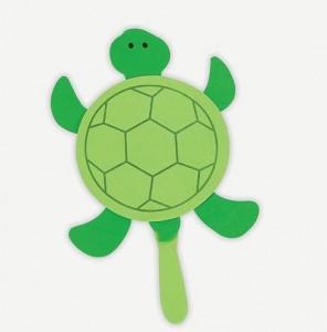 reciclagem arte escola criancas pratos descartaveis animais tartaruga(6)