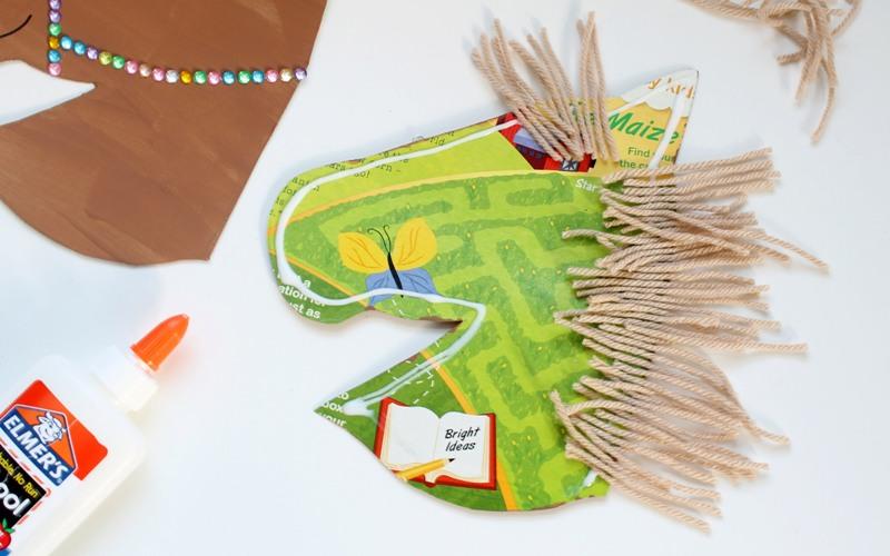 como fazer cavalinho caixa cereal papelao brinquedo reciclado criancas (5)