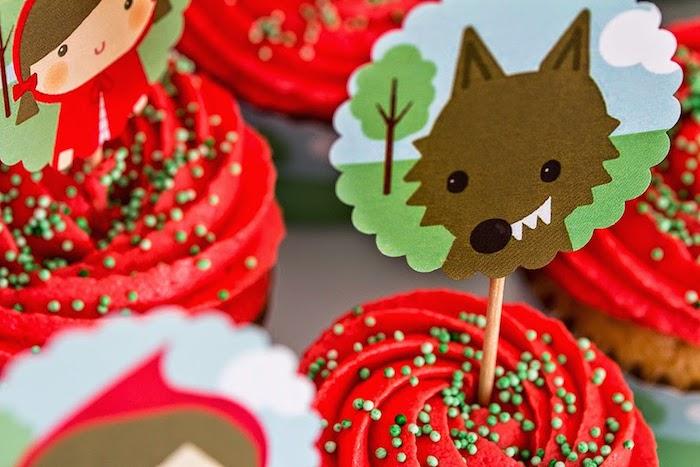 festa aniversario personalizada chapeuzinho vermelho crianca decoracao mesa (3)