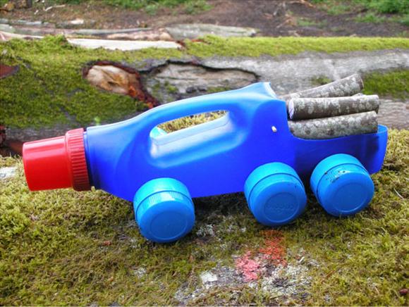brinquedo reciclado sucata carrinhos embalagem plastica amaciante meninos brincar (2)