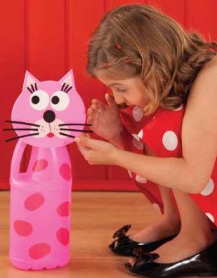 brinquedo reciclado gatinho embalagem plastica
