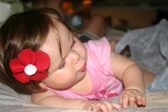 como fazer flores feltro arranjo cabelo broches roupa infantil menina bebe (6)