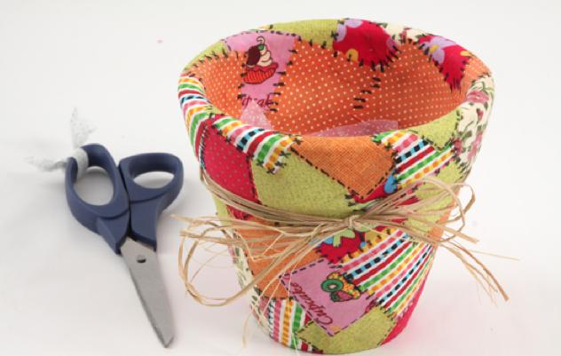 como fazer vasinho ceramica decorado decoupage tecido deocracao casa vaso plantinhas (4)