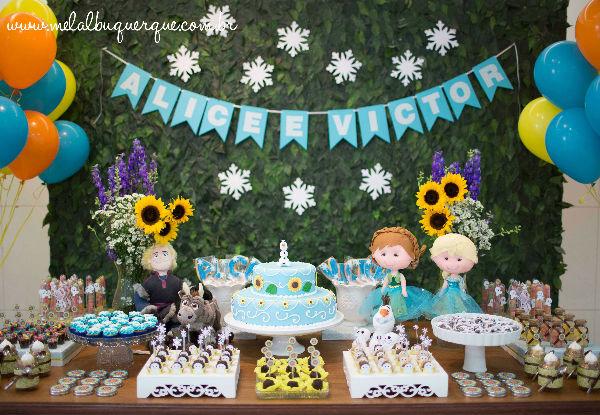 10 ideias festa aniversario menina frozen princesa elsa olaf ideias decoracao mesa doces lembrancinhas (3)