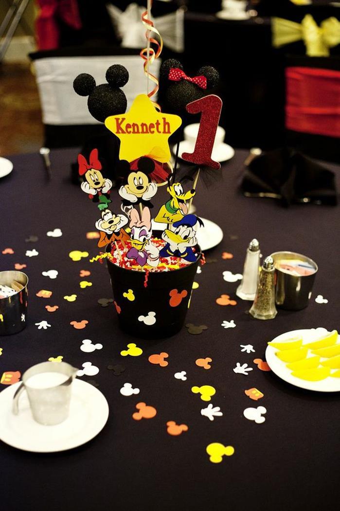 6 ideias criativas festa aniversario mickey decoracao mesa doces bolo lembrancinha criancas (5)
