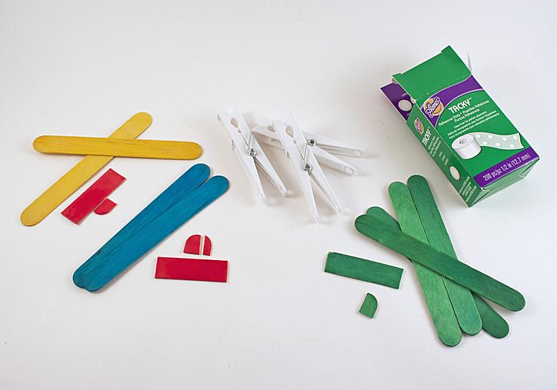 como fazer brinquedo reciclado aviaozinho palito picole pregador roupa criancas brincar atividade escolar  (2)