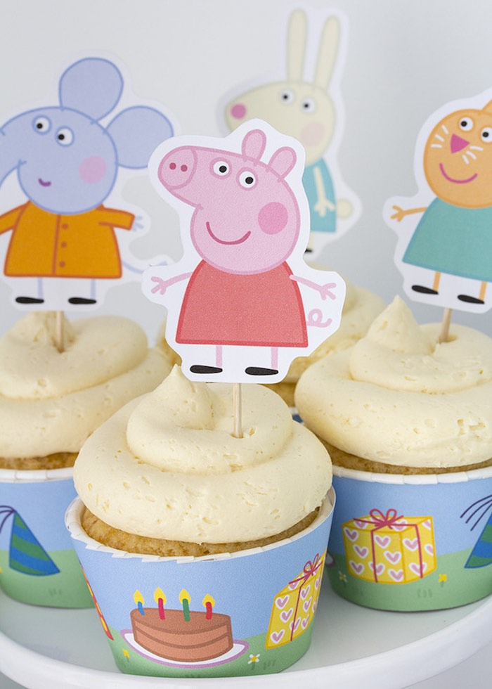 ideia festa aniversario infantil peppa pic criancas mesa de doces bolos  (2)