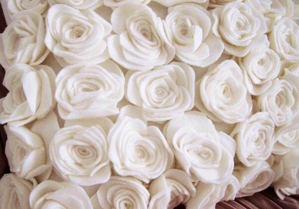 passo a passo almofada com flores feltro decoracao sala casa (8)