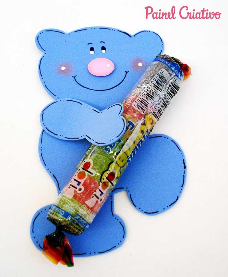 lembrancinha-dia-das-criancas-eva-ursinho-porta-pirulito-escola-artesanato-painel-criativo-3